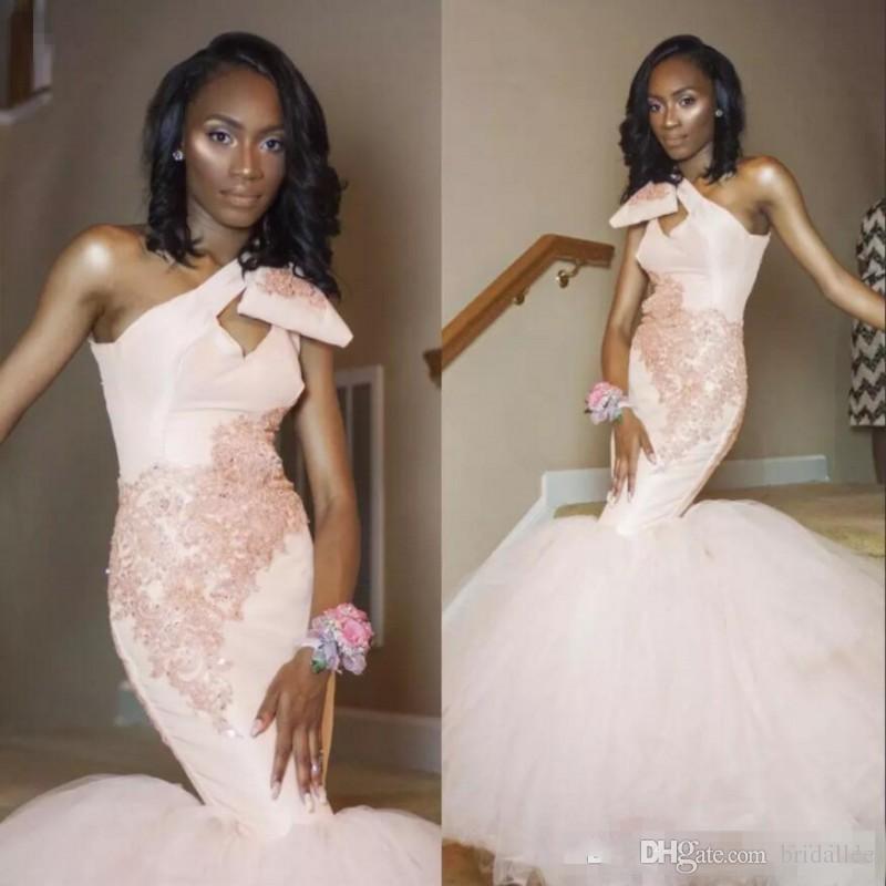 Afrique du Sud une épaule robes de bal sexy en dentelle appliques blush robes de soirée sirène rose Tulle balayage train robe de cocktail pas cher
