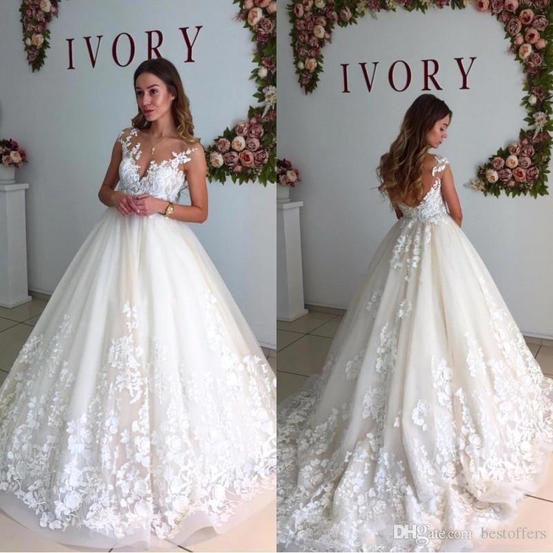 Compre Elegante Marfil Vestido De Novia 2018 Sheer Jewel Cuello Con Apliques De Encaje Una Línea Sin Respaldo Vestidos De Novia Corte De Tren Vestidos