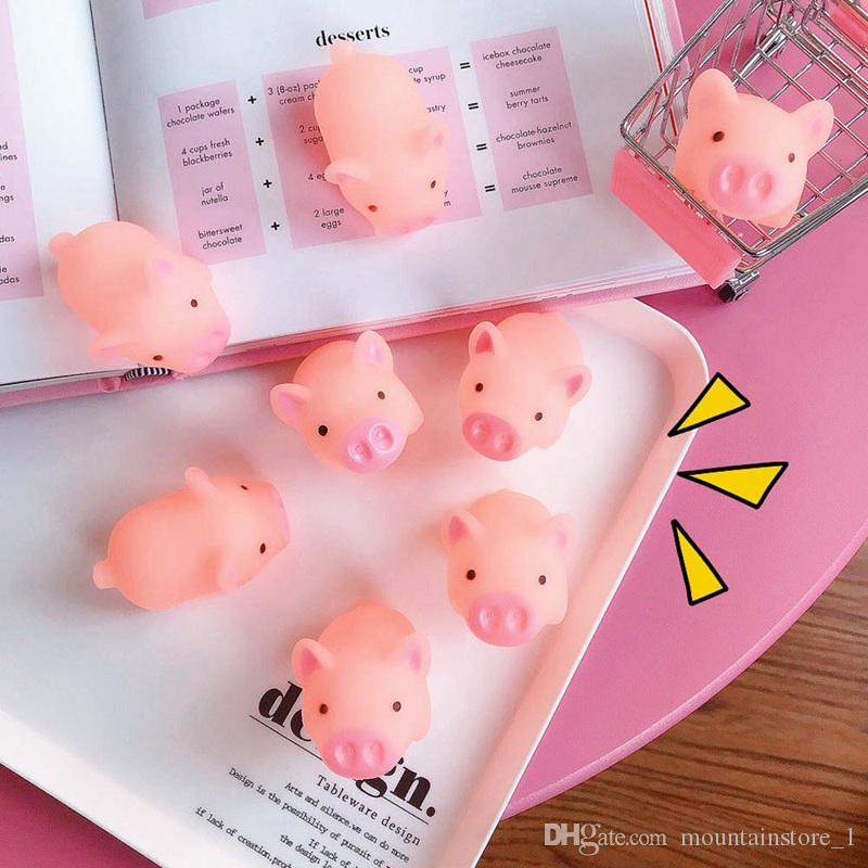 Cartoon Soft Adorable Lovely Pink Piggy Vent Squeezed Toy Hollow Swimming Toys Kawai Pig Doll Stress Relieve Toy