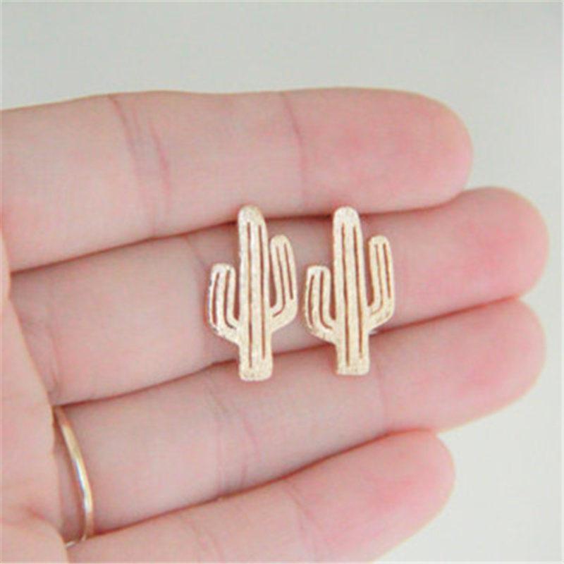 Boucles d'oreille de cactus de mode pour les femmes Planar évider les boucles d'oreille de cactus Alliage de zinc plaqué argentStud boucles d'oreilles KKA1779