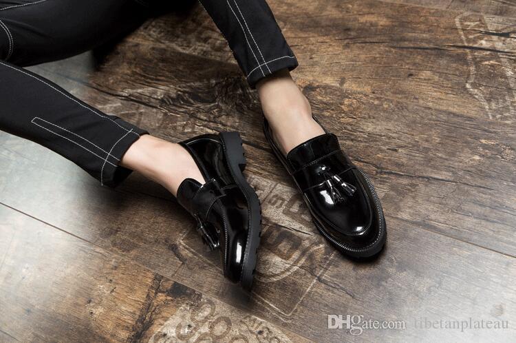 Nowy naśladować 2018 Męskie Oxford Buty Solidne Czarne Tassels Casual Biznesowe Palec Size48 Mężczyzna Sukienka Buty Homme Classique
