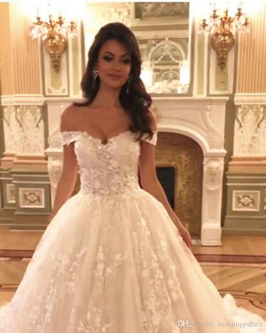 Elegant Wedding Dresses For Women Vintage A Line Off Shoulder Royal Train Lace Tiers Newest Design Selling Charming Luxury WeddingGowns
