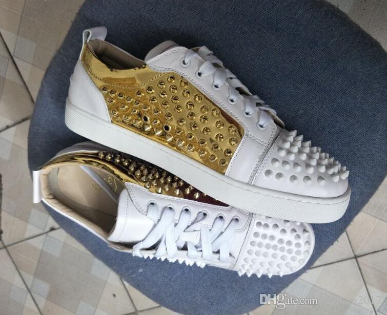 19 Weißgold Großhandel Männer und Frauen Unisex Schuhe Red Bottom Sohle Turnschuhe Party Hochzeit Schuhe aus echtem Leder Low Top Studded Spikes S
