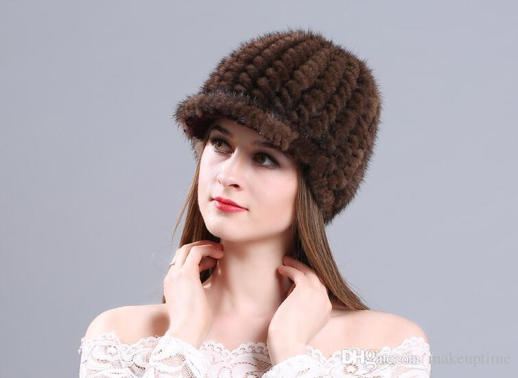 Winter Warm Mink Woven Caps Thick Fur Handmade Hat Peaked Cap for Ladies Fashion Street Stingy Brim Hats