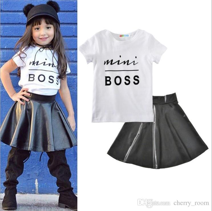 2018 ребёнки Эпикировка Summer Boss Letter Детская одежда Комплекты Лето с коротким рукавом Топы футболка + черная юбка 2pcs костюмы C3226