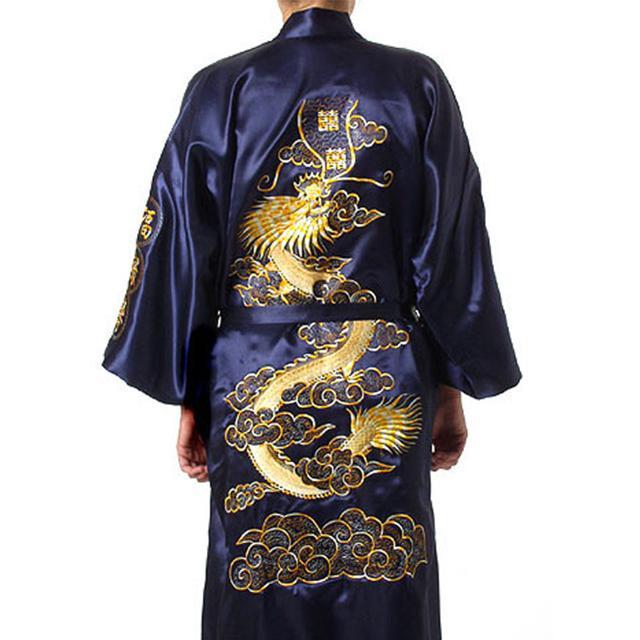 Dragón tradicional bordado Kimono Yukata vestido de baño azul marino hombres chinos traje de satén de seda Casual masculina Home Wear camisón