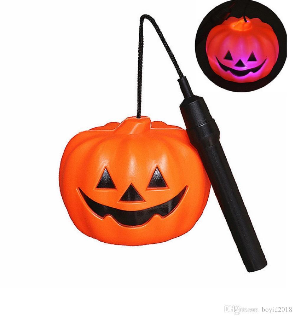 Luz da abóbora do diodo emissor de luz de 12CM Dia das Bruxas com punho, lâmpada a pilhas da lanterna de Dia das Bruxas Jack O
