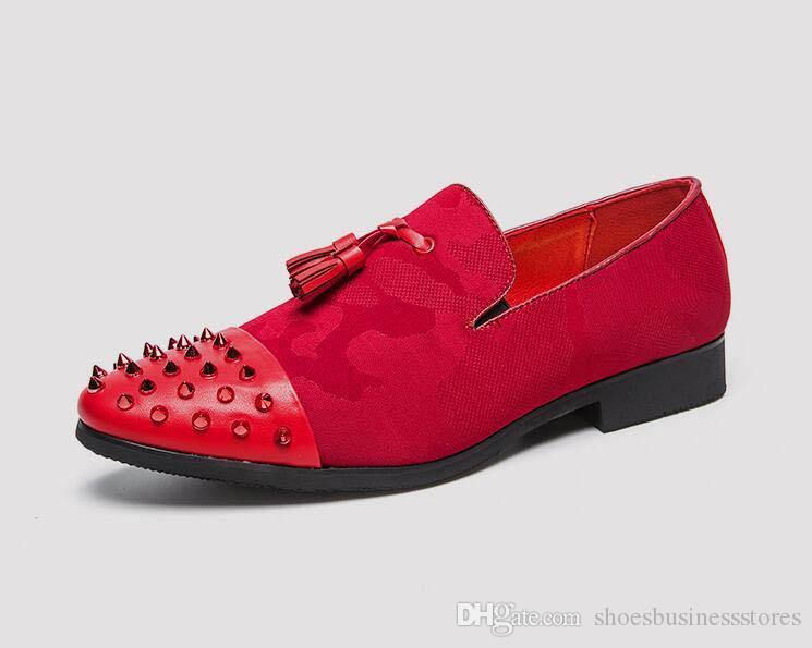 Модные мужчины 2018 указал заклепки белый оксфорды Повседневная обувь мужской Homecoming платье свадьба Пром обувь Sapato социальной zapatos