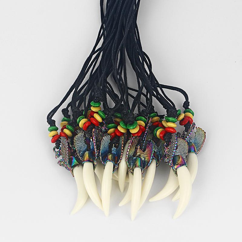 10pcs moda cera de algodón cordón blanco resina dientes dientes collar colgante con águila y Rasta collar de cuentas de madera