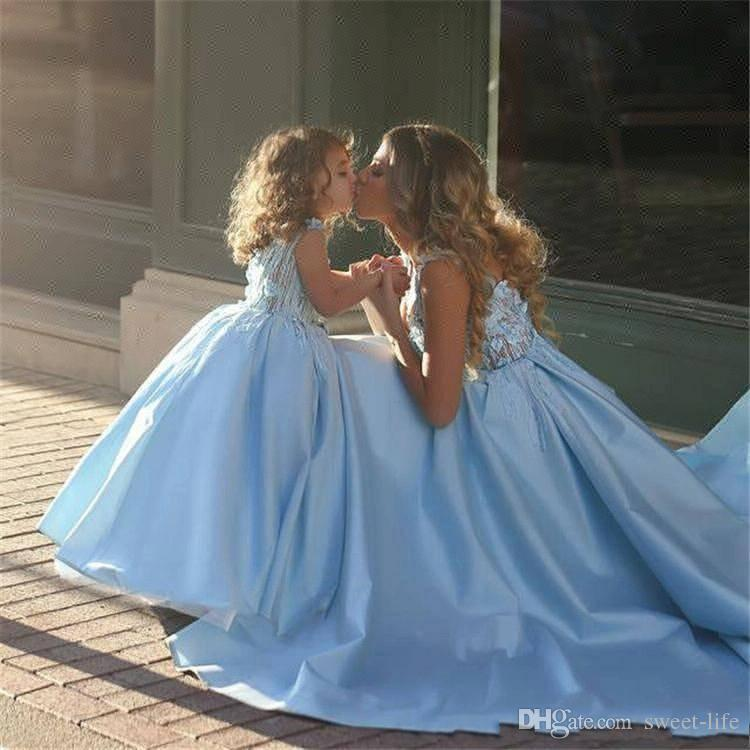 Sweety Sky Blue 2018 Ball Gown Girls Pageant Dresses Sleeves Pearls Lace Applique Tulle Puffy Gorgoues Stain Customized Flower Girls pageant