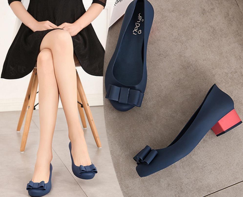 женские квадратные каблук бантом желе сандалии леди водонепроницаемые желе обувь женские мягкие резиновые дождя обувь женщины одиночные садовые туфли