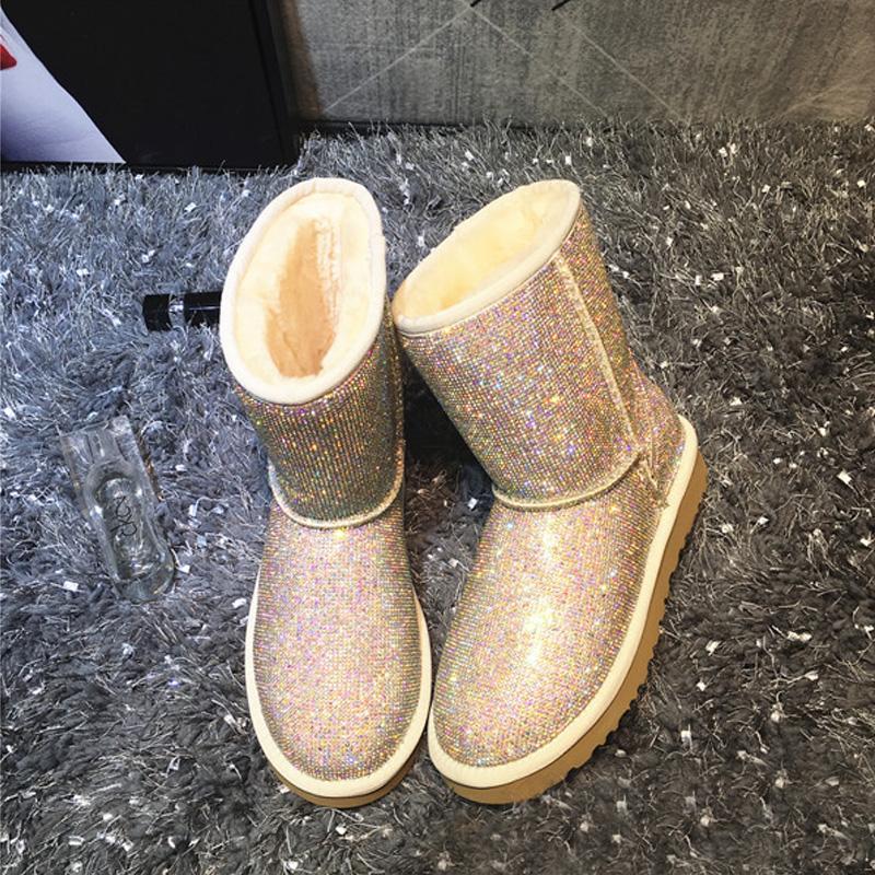 Großhandel RUIYEE Damen Schaffell Stiefel Diamant Schuhe Damen Winter Stiefel Schaffell Wolle Integriert Damen Leder 2018 Neu Von Keroyeah, $221.36