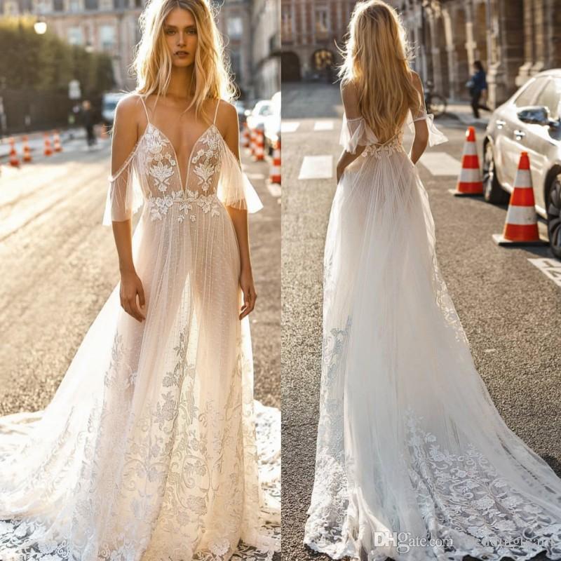 2019 Romantico Pizzo Backless Abiti da sposa Scollatura Collo A Line Abiti da sposa Sweep Treno Tulle Custom Made Appliqued vestido de novia