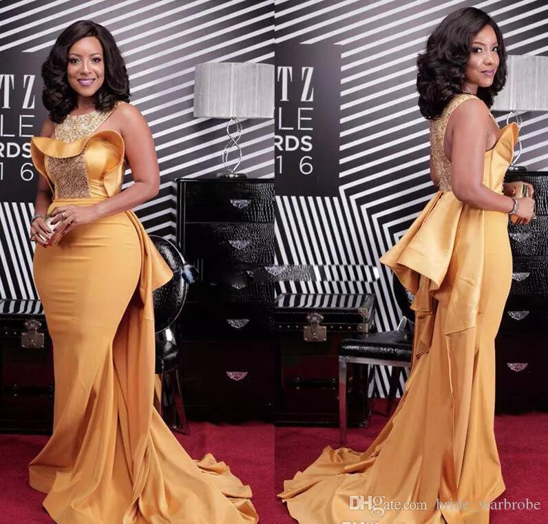 Artı Boyutu Seksi Mermaid 2017 Gelinlik Modelleri Afrika Scoop Boyun Kristal Boncuklu Saten Ünlü Elbiseleri Kadınlar Tozlu Sarı Abiye giyim