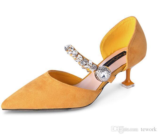 Bombas de mujer Zapatos de moda para mujer Tacones de fiesta elegante señalado Med Tacón Diseñador Crystal Vestidos de mujer Zapatos Amarillo