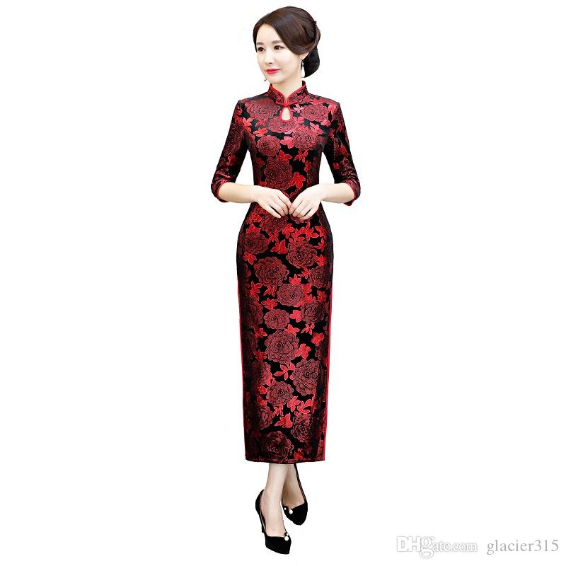Shanghai Story 2018 New Sale 3/4 Sleeve Keyhole Floral Qipao Velvet Cheongsam Dress Red Long Chinese Traditional Dress