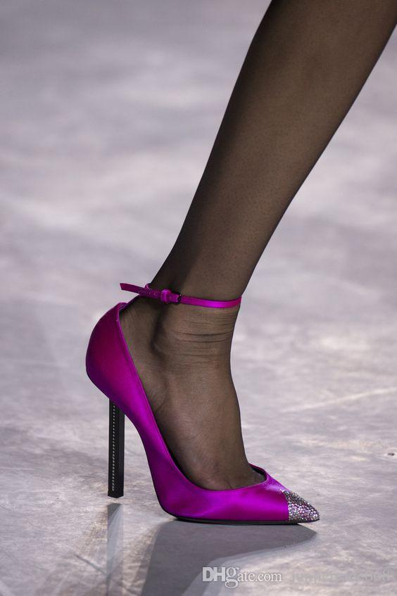 Fashion style 2018 new list Four Seasons luxury Crystal dress shoes high heel women Diamond toe head with the word sexy wedding shoes