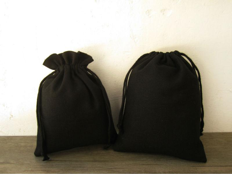 (50 sztuk / partia) czarna bawełniana torba sznurka saszetka / torby dekoracyjne / torba na pakowanie / torby prezentowe worki biżuterii na zamówienie logo Drukuj 10x13 cm