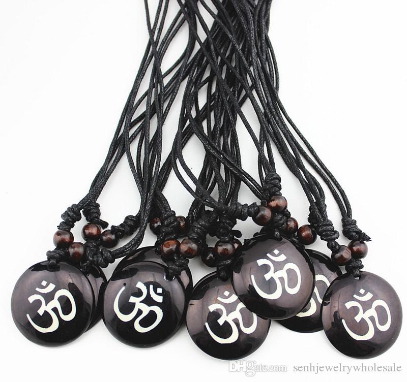 Fashion Jewelry Wholesale Mixed 12pcs Resin Carving AUM OM Ohm Hindu Buddhist Hinduism Yoga India Pendant Necklace Amulet Lucky Gift mn578