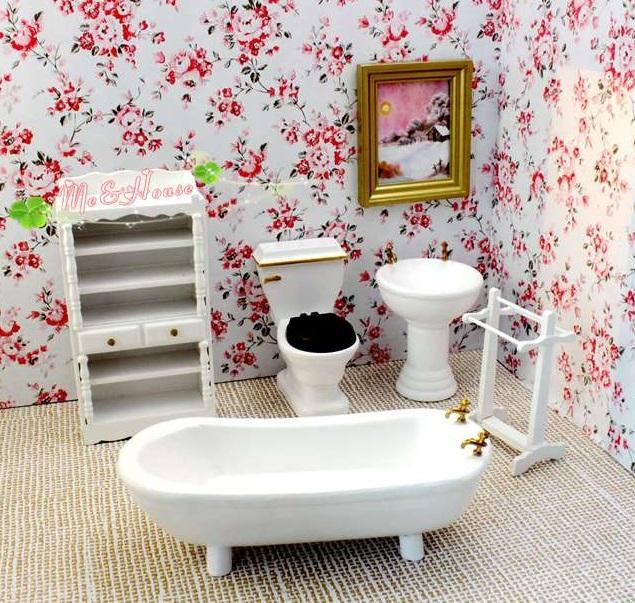 Muebles de baño de madera clásicos de la casa de muñecas (5 piezas) - Bañera, lavabo, inodoro, toallero
