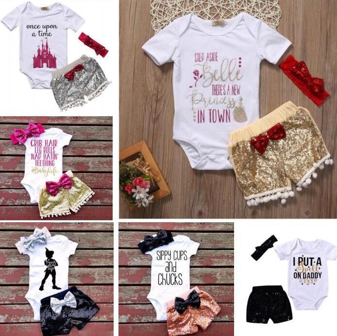 7 Estilos Baby girl INS letras mamelucos traje Niños manga corta triángulo mamelucos + paillette shorts + bowknot Hair band 3pcs establece ropa para niños