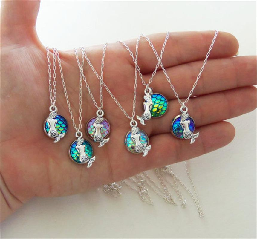 Charm Necklace The Popular Style Mermaid Scale Gem Flat Bottom Diamond Pendant Necklace Jewelry Hot Sale