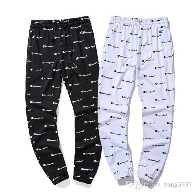 Esplosioni di moda europee ed americane alla moda piene di pantaloni casual da uomo in spugna di cotone stampato, moda uomo e donna neri. Bianco t