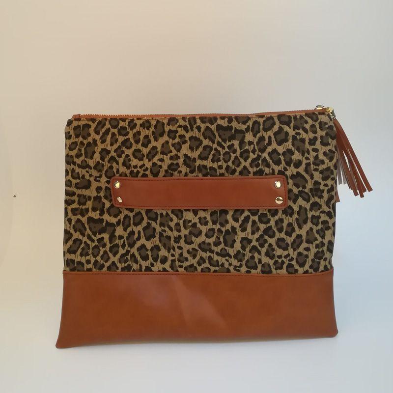 29.8*24cm Flat Leopard Canvas Clutch Bag Wholsesale Blanks Cosmetic Bag With PU Hand Wrap Gift Cheetah Handbag DOM106-leopard