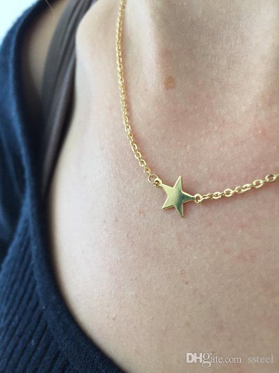30 stücke Einfache Rock Star Geometrische polygon Pentagramm Halsketten Tiny Kleine fünfzackigen Stern Halskette Nette Seitliche Halsketten für Frauen Schmuck