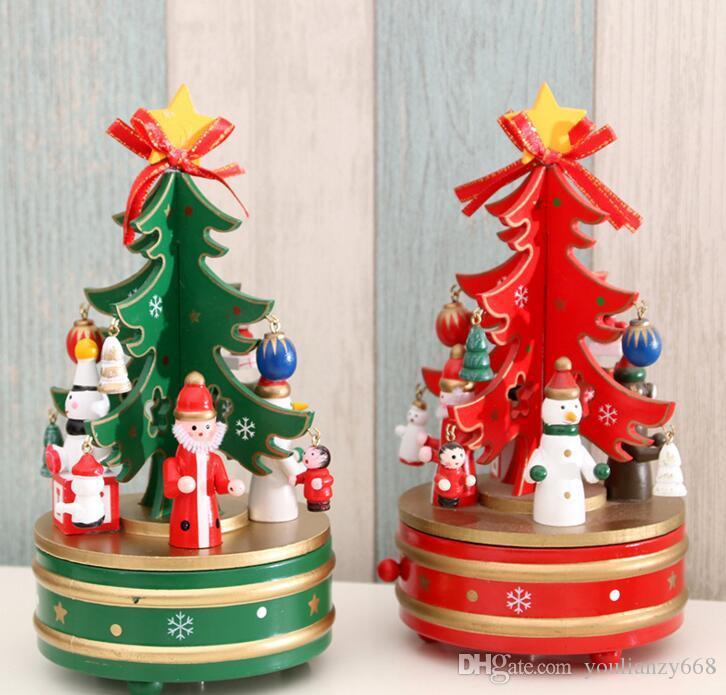 Оптовые рождественские украшения рождественские деревянные вращающиеся коробки музыкальных шкатулок елки, украшенные детскими подарками