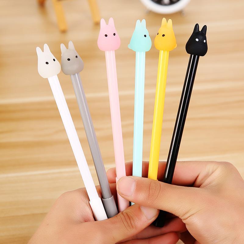 4 pièces / Lot Papeterie mignon stylos gel Totoro Pen Gel-encre Signature Pen Escolar Papelaria école Bureau d'écriture offre étudiants cadeau