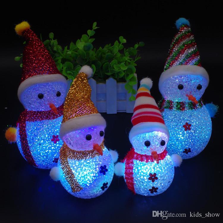Симпатичные светодиодные игрушки снеговика рождественская вечеринка украшения орнамент мини вспышка свет снеговика игрушки рождественский снеговик светодиодные куклы дети подарок