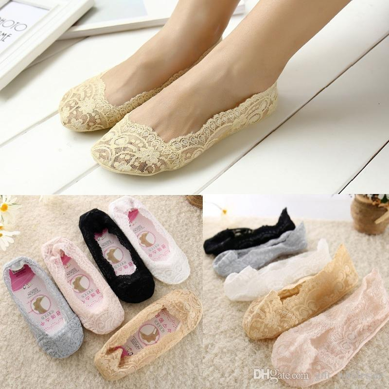 Women Invisible Boat Socks Soft Lace Female 360° Silicon Bottom Anti-slip Ankle Invisible no show socks Slippers for dress shoes