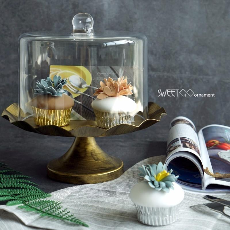 Style européen De Fer De Mariage Décoratif De Gâteau De Décoration Stands Desserts Assiette De Fruits Pan Avec Couverture De Verre # 1500320