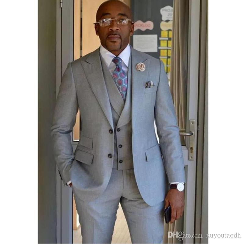 Gray Men Groom Tuxedos Wedding Formal Suit Groomsmen Business Suit Custom Made