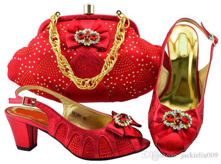 Buena apariencia zapatos gatito wemon rojo con diamantes de imitación zapatos africanos agradable bowtie coinciden conjunto bolso para MM1065 vestido, 6cm talón