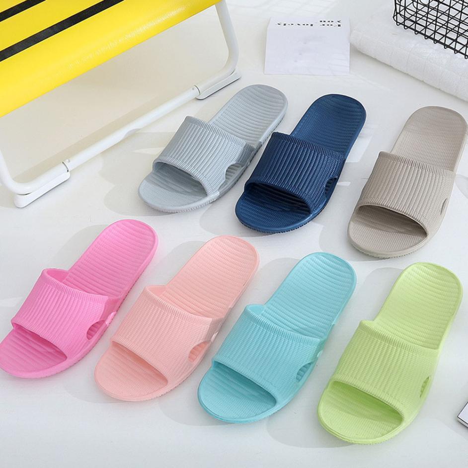 Men Stripe Flat Bath Slippers Summer Sandals Home Bethroom Slippers 2018 Summer lady Shoes Platform men's slippers