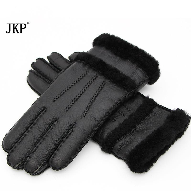 2017 fashion winter ladies gloves leather warm gloves and in warm leather black. high quality. very beautiful