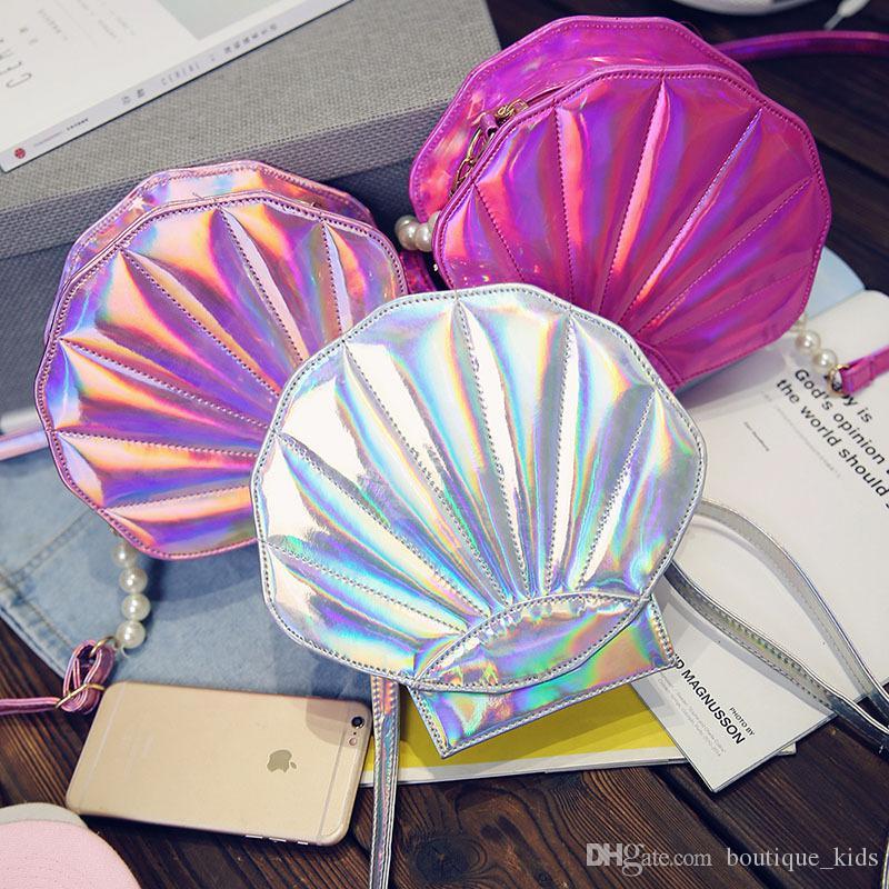 Más nuevos bolsos de hombro de las muchachas de moda niños coreanos princesa monederos lindo conchas de perlas PU láser mini bolsas redondas regalos de Navidad para niños
