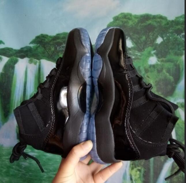 Enfants Grand garçon Gym Rouge Chicago Midnight Navy GAGNER LIKE 82 Bred Basketball Shoes 11s Space Jam Hommes Sports Chaussures Femmes Baskets Athlétisme Pas Cher
