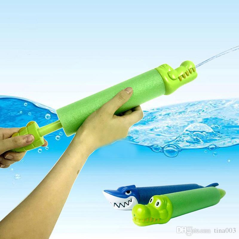 Water Blaster Toy Foam Water Soaker for Water Shooter for Summer Outdoor Party Pool Beach Pump Gun Shar and Crocodile