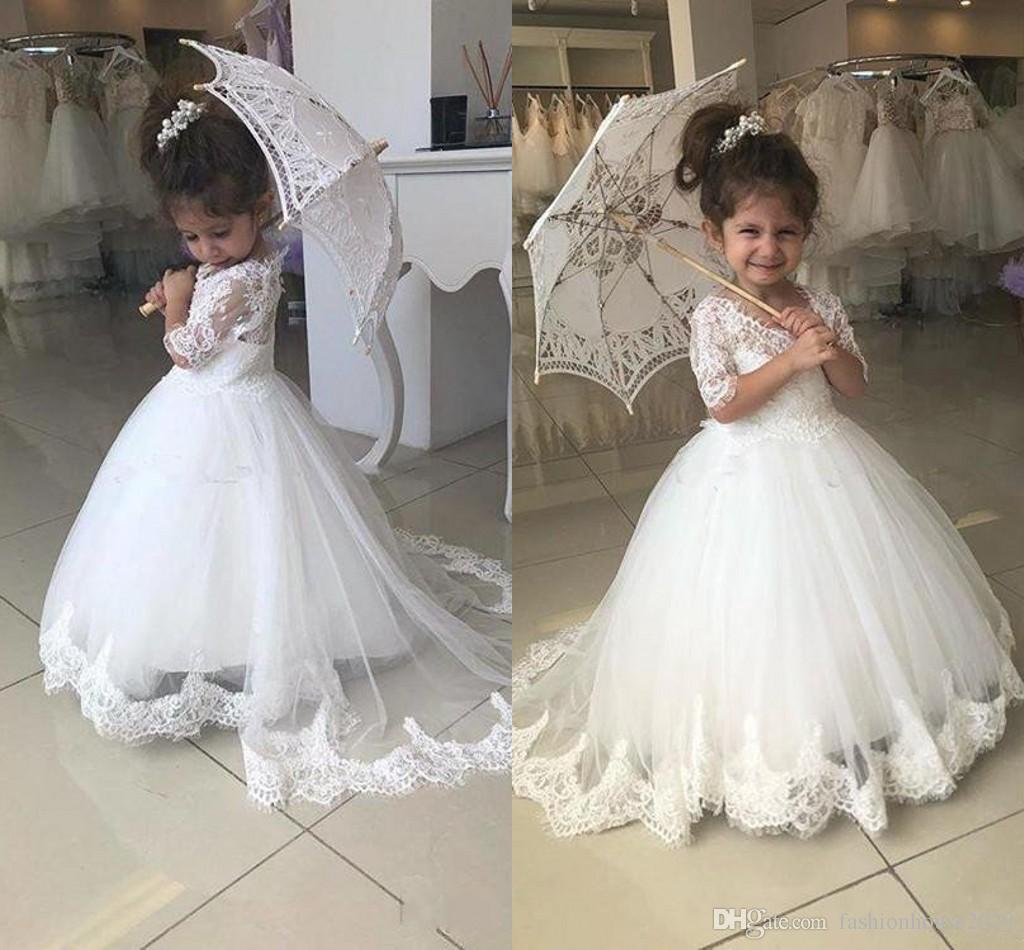 2018 Tulle Princesse Fleur Filles Robes Sheer Neck Demi-Manches Dentelle Bouton D'applique Backless Robe De Bal Puffy Girls Pageant Enfants Robes De Bal