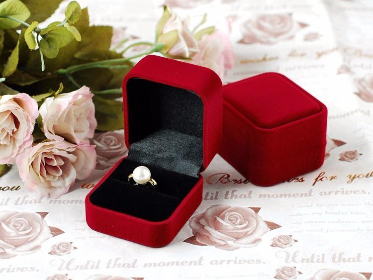 dark red ring box (3)