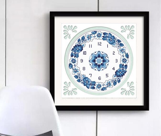 Chinaware الماس اللوحة عبر غرزة 5d ديي تزيين المنزل الأزرق والأبيض الخزف التطريز ساعة الحائط مع حركة ساعة 40 * 40 سنتيمتر