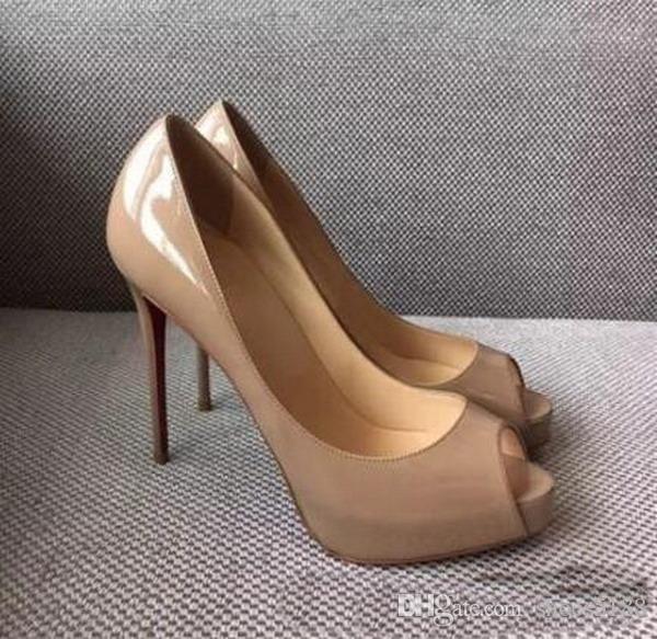 2018 klassische Marke Rote Unterseite High Heels Plattform Schuhpumpen Nude / Schwarz Lackleder Peep-Toe Frauen Kleid Hochzeit Sandalen Schuhe