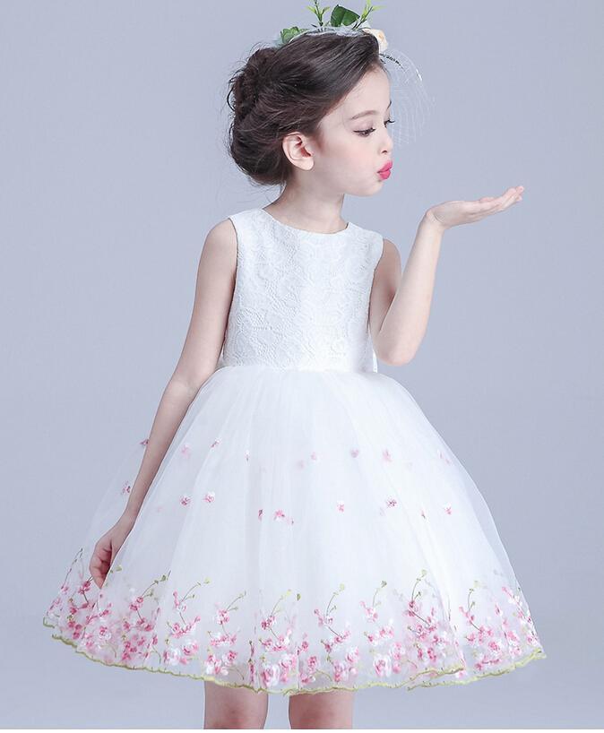 Le nuove ragazze vestono la moda 2017 vestiti dei bambini di estate Principessa Girl Party Dress Costume Bambini Abiti da sposa per le ragazze vestiti