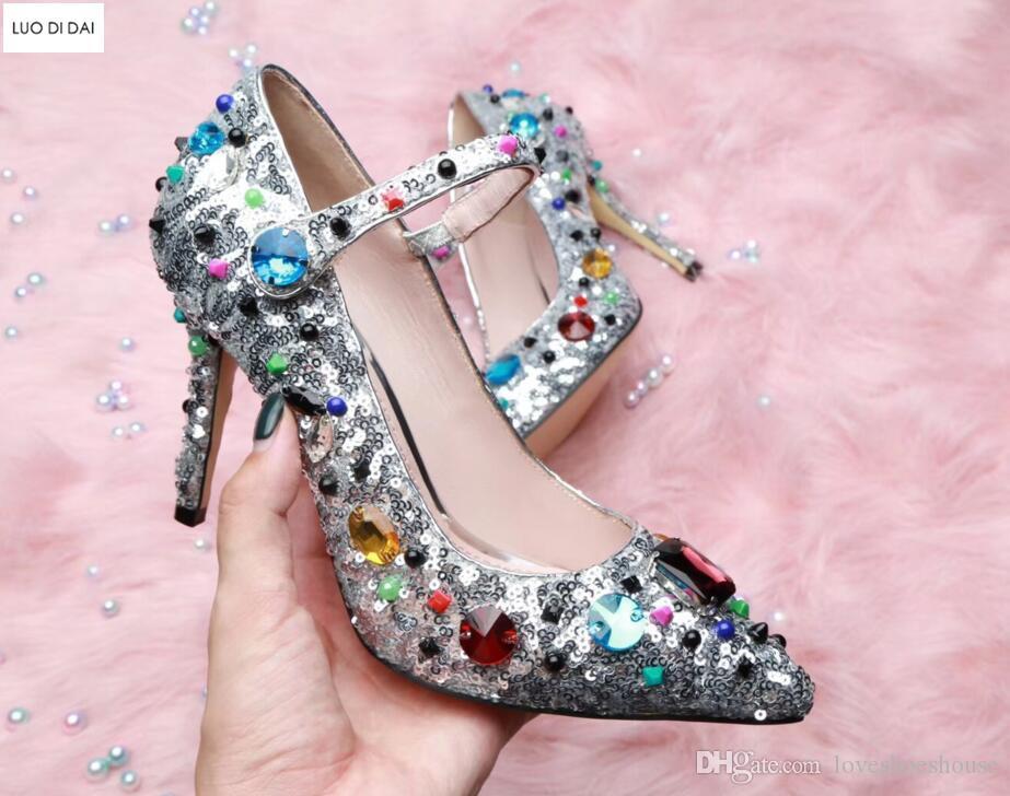 2018 verano nuevas mujeres bombas de lentejuelas sexy zapatos de tacón alto zapatos de boda brillo diamante bombas delgado talón astilla bling zapatos de fiesta tobillo correa