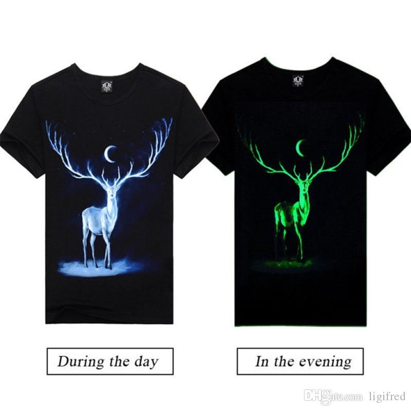Noctilucent erkek Kısa Kollu T-Shirt Aydınlık Moose Ay Altında Moda Pamuk T-shirt