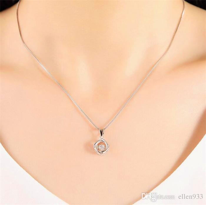 S925 collar de plata esterlina colgante femenino elegante collar de hierba de cuatro hojas hembra plata pura cadena de clavícula latiendo corazón