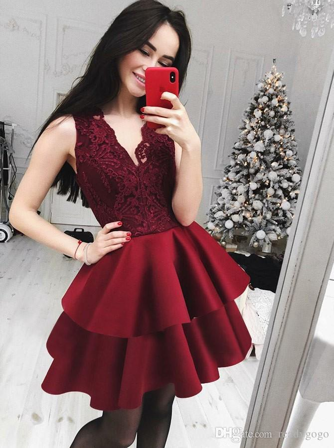 Burgundy short Lace prom Homecoming Dresses For Juniors V Neck Tiered Short evening Gowns A Line Cocktail Party Dress